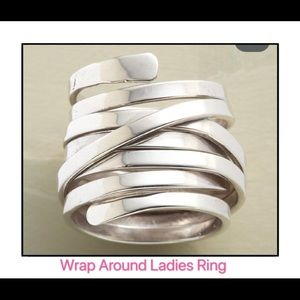 Jewelry - 💫NEW Ring Wrap Around - Ladies Fun Silver …